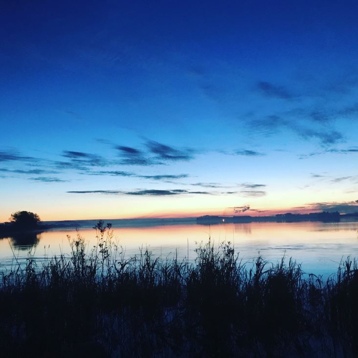 Fantastisk solnedgang ved Horpestad vannet. Jakt område Horpestad Øst